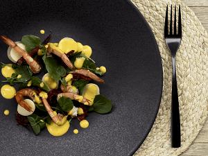 Salada de palmito, agrião e vinagrete de pequi