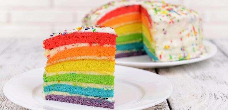 Reccete de raimbow cake